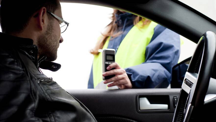 Пьяных водителей будут проверять экспресс-методом прямо на дорогах
